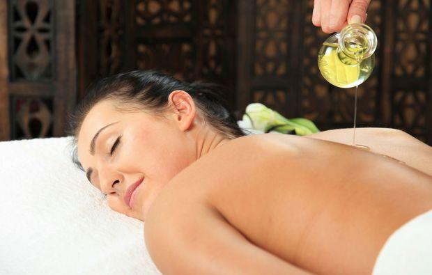 aromaoelmassage-erlangen-oelmassage