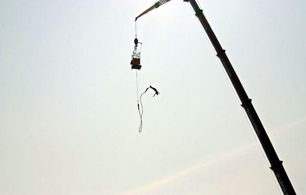 bungee-jumping-duisburg-kran