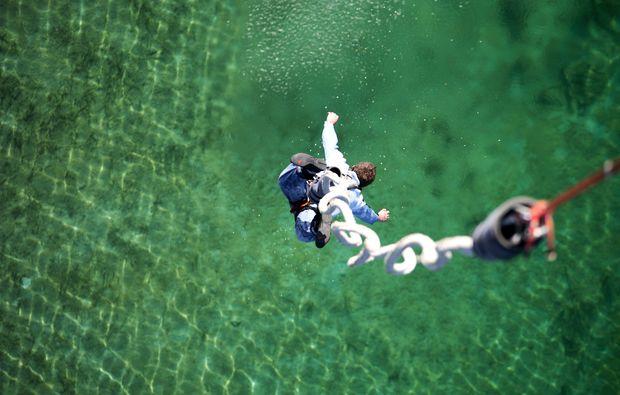 bungee-jumping-duisburg-nervenkitzel