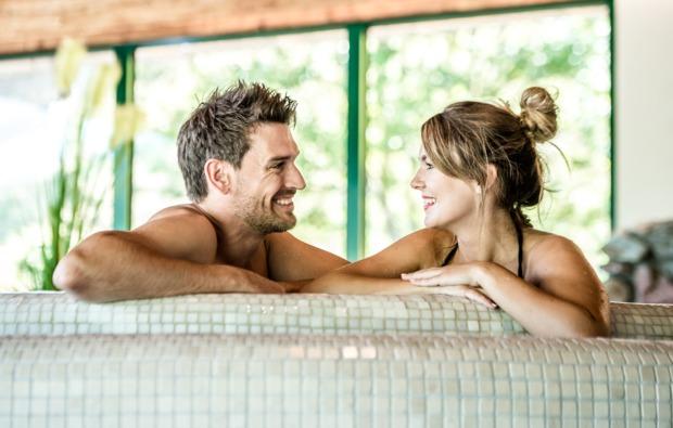omantikwochenende-kirchberg-hotel-pool