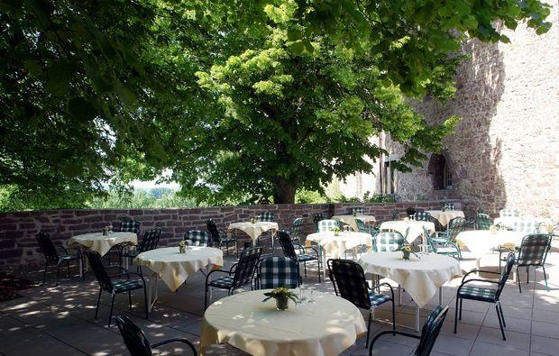 schlosshotel-blomberg-terrasse