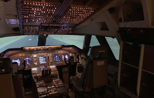 3d-flugsimulator-koeln-cockpit