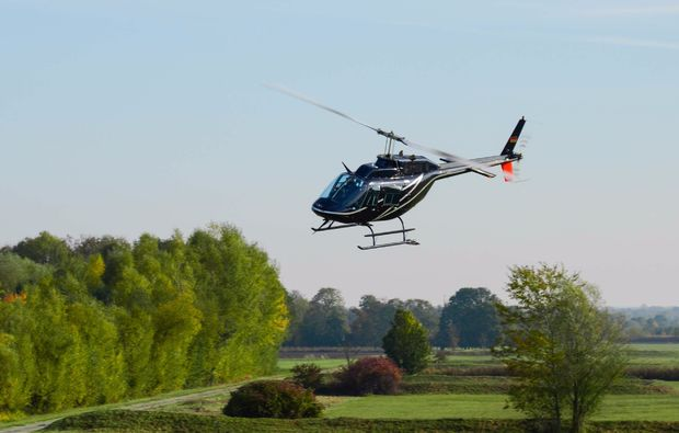 hubschrauber-rundflug-bindlach-helikopter