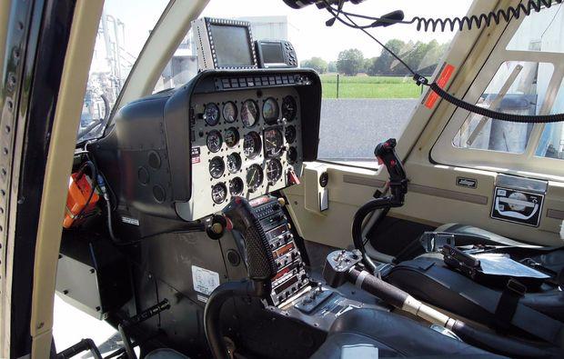 hubschrauber-rundflug-bindlach-steuer