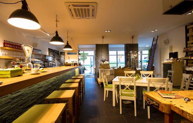 kleine-koestlichkeiten-fuer-zwei-puchheim-bar