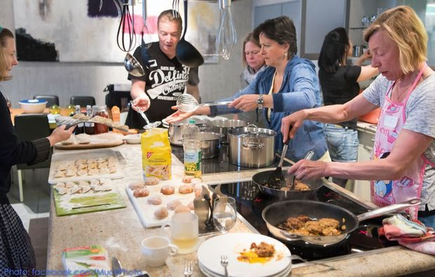 sushi-kochkurs-dortmund-teilnehmer