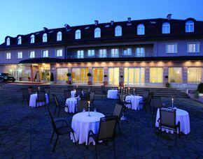 2x2 Übernachtungen inkl. Erlebnis - Hotel Phoenix - Zagreb Hotel Phoenix - Golfsimulator