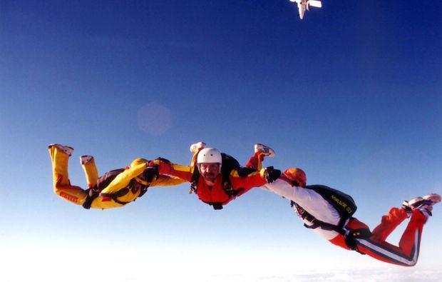 fallschirm-tandemsprung-miltenbergmainbullau-freier-fall
