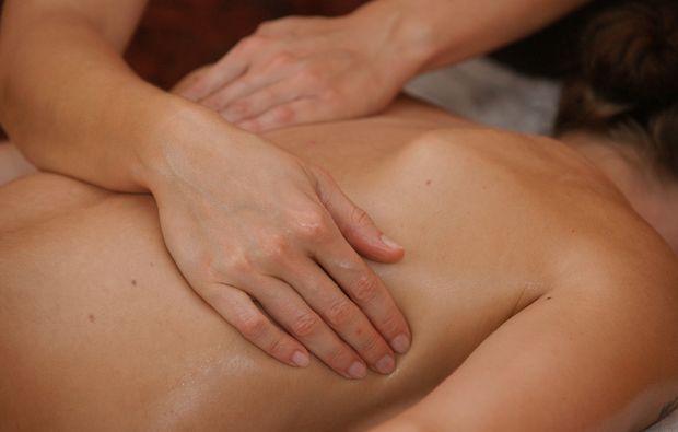 balinesische-massage-illertissen-entspannung
