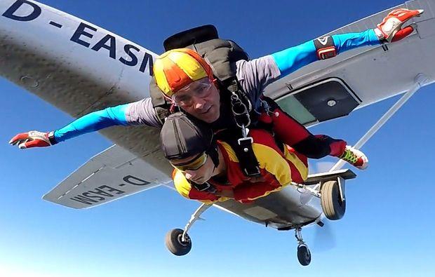fallschirm-tandemsprung-biberach-an-der-riss-flug