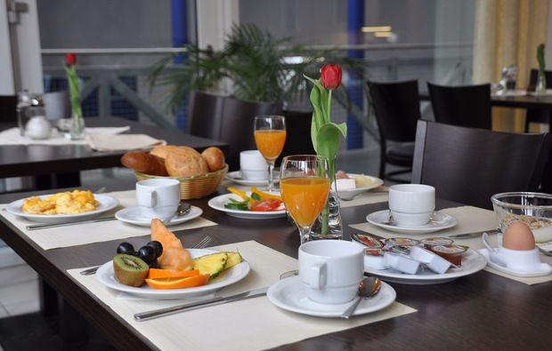 segeln-dinner-kressbronn-gohren-fruehstueck