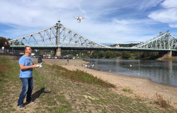 60-minuten-drohnen-schnupperfliegen-dresden