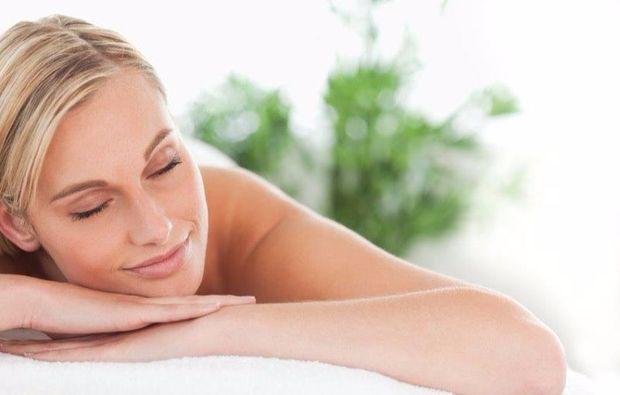 aromaoelmassage-kappelrodeck-massage