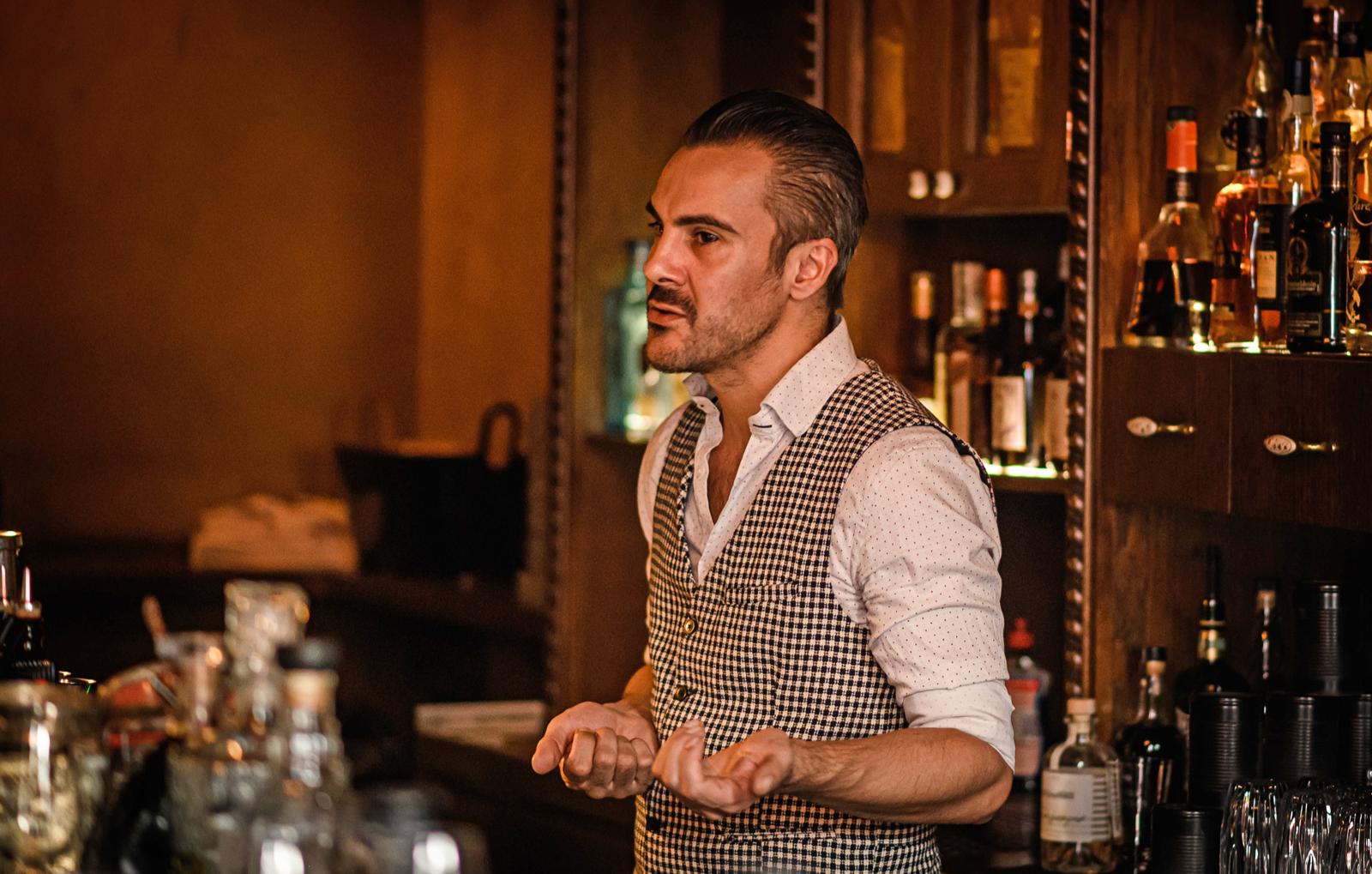gin-tasting-le-petit-coq-bg3