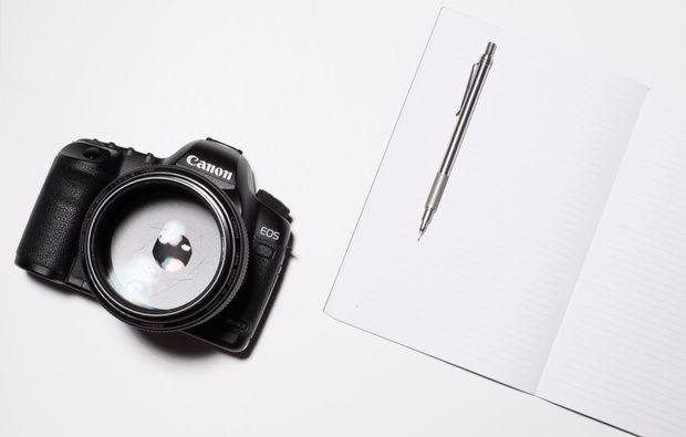 fotokurs-stuttgart-kamera-mit-stift