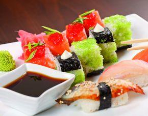 Sushi Restaurants (Sushi-Mittagsmenü) - Berlin, Neues Kranzler Eck Mittags- und Abendmenü, inkl. Tee & Wein