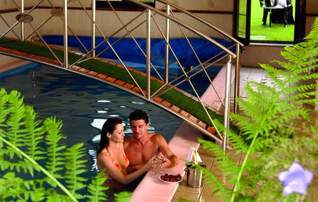 romantikwochenende-kremnica-pool