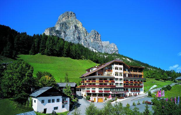 wellness-wochenende-deluxe-corvara-hotel