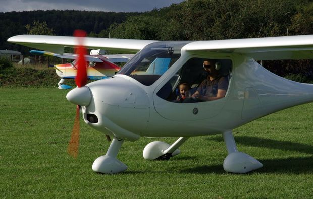 flugzeug-rundflug-bad-berka-flugmaschine