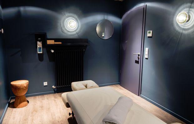 rueckenmassage-koeln-ruecken