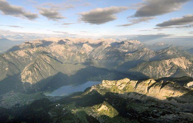 ballonfahrt-innsbruck-berglandschaft