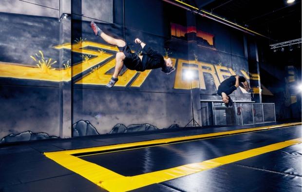 funsport-trampolin-dortmund-salto