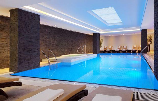 pool-oase-relaxing