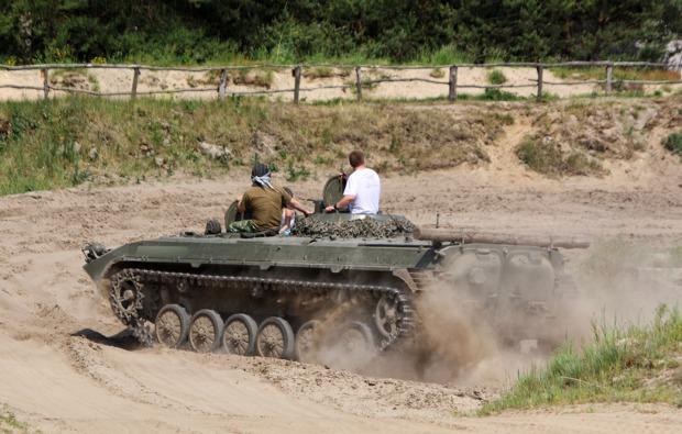 panzer-fahren-mahlwinkel-bg3