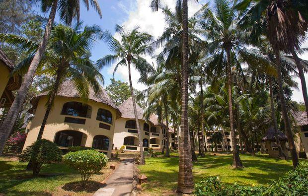 erlebnisreise-bamburi-kenia-bungalow