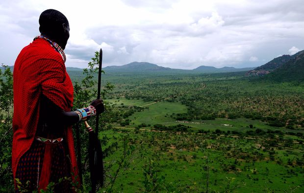 erlebnisreise-bamburi-kenia-massai