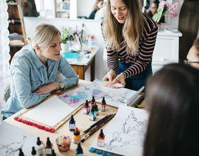 Airbrush-Workshop Erarbeiten eines Weltkartenbildes, ca. 3 Stunden