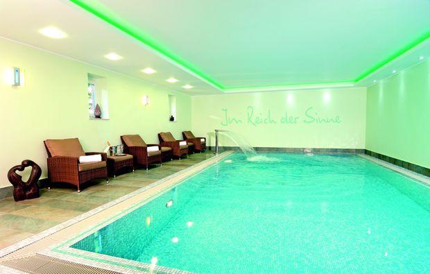 zauberhafte-unterkuenfte-bredstedt-pool