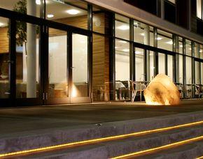 Thermenträume für Zwei Corbin Feng Shui Business-Hotel - Eintritt Therme Erding