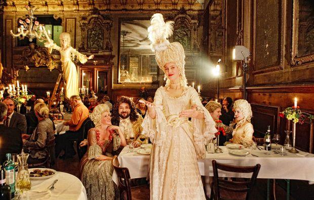 oper-dinner-berlin-claerchens-ballhaus-musik