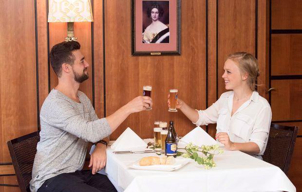 erlebnisrestaurant-muenchen-dinner-bier