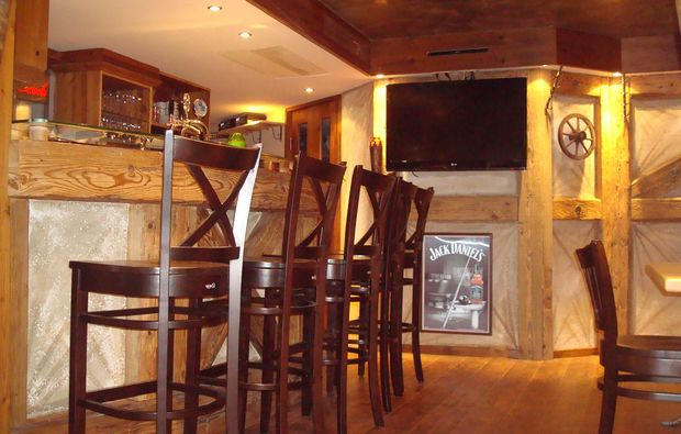 zauberhafte-unterkuenfte-loewenstein-hoesslinsuelz-bar