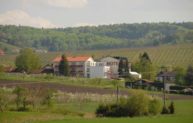 zauberhafte-unterkuenfte-loewenstein-hoesslinsuelz-hotel