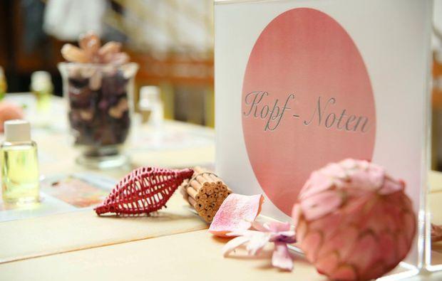 parfum-selber-herstellen-rosenheim-kopf-noten