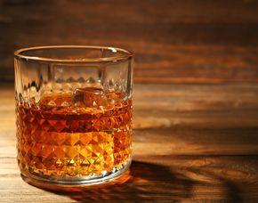 Whisky-Tasting - Hotel Lennhof - Dortmund von 10 Sorten Whisky & Brotzeit