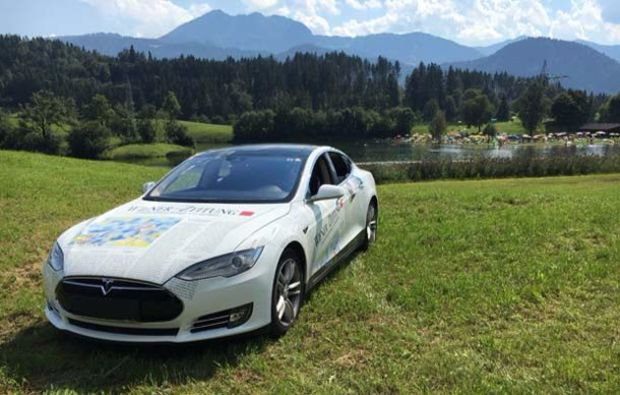 elektrofahrzeug-mieten-mils-innsbruck-selber-fahren