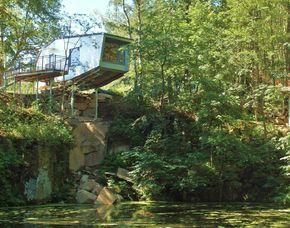 Außergewöhnlich Übernachten im Klippenhaus oder Haus am Teich - 1 ÜN im Baumhaus an der Klippe oder am Teich - 3-Gänge-Menü