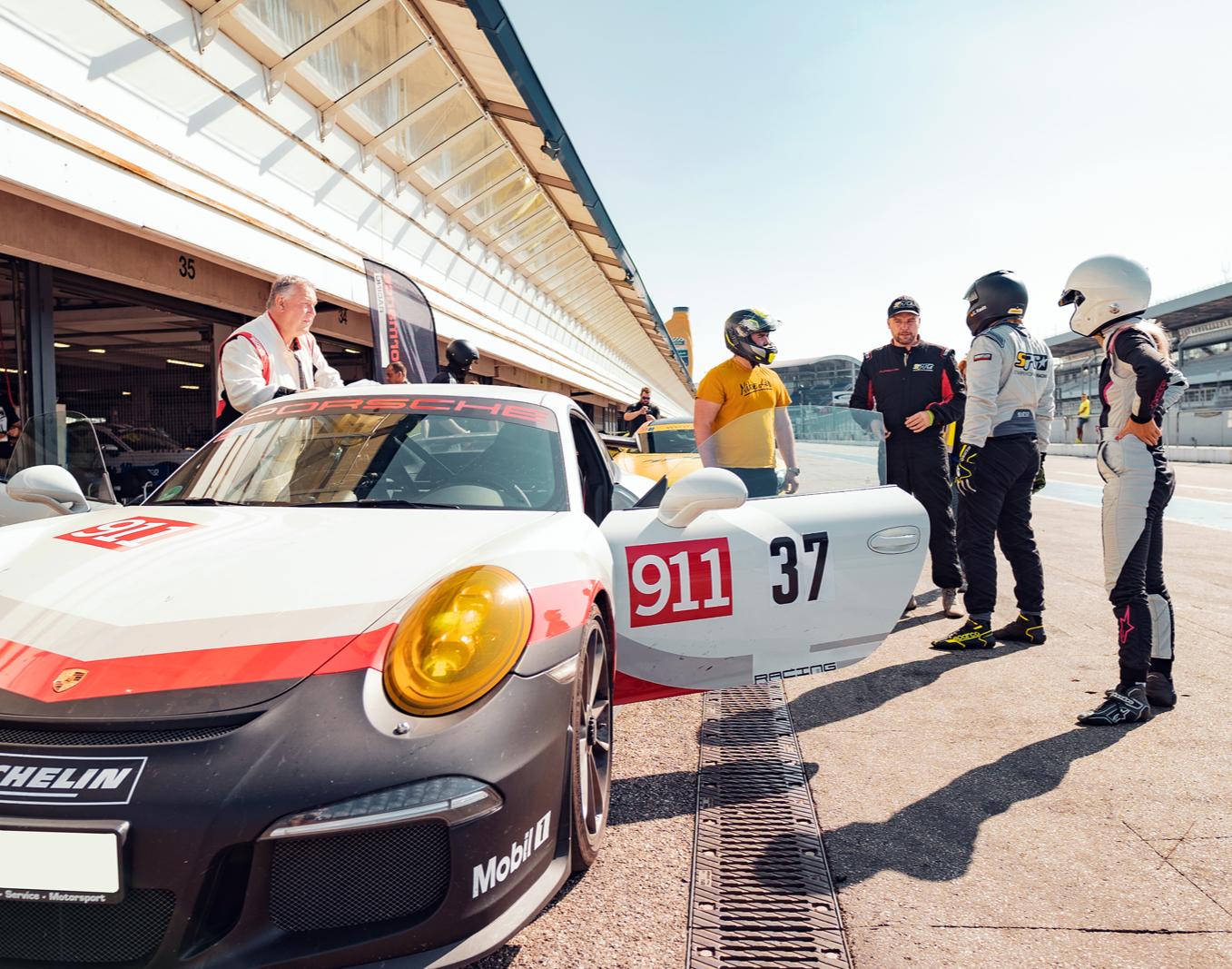 Renntaxi - Porsche 911 GT3 - 4 Runden Porsche 911 GT3 - 4 Runden - Bilster Berg