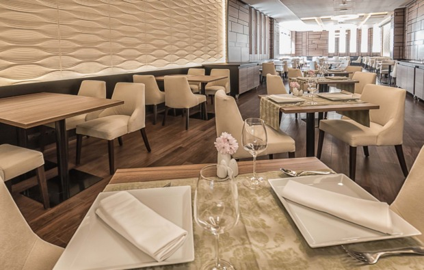 kurztrip-heviz-hotelrestaurant