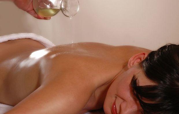 aromaoelmassage-gotha-massage