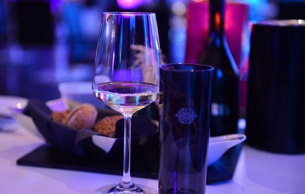 candle-light-dinner-fuer-zwei-bonn-romantik