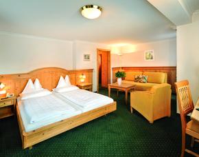 2x2 Übernachtungen inkl. Erlebnis - Hotel-Restaurant zum Hirschen - Zell am See Hotel-Restaurant zum Hirschen - Wertgutschein für das Casino