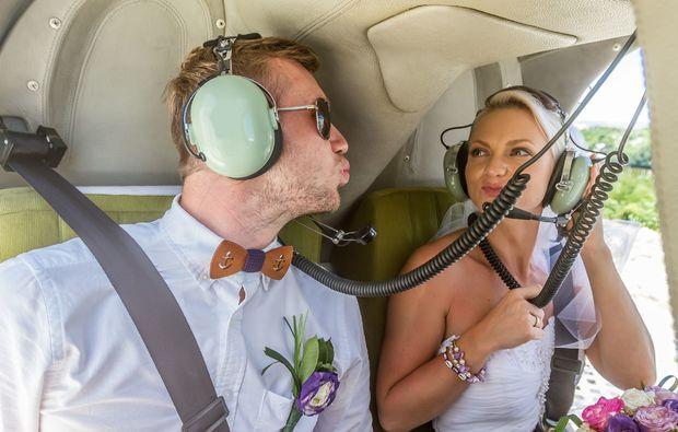 hochzeits-rundflug-huenxe-verheiratet
