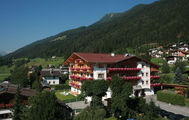 kurztrip-fulpmes-hotel