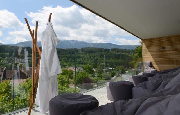kurztrip-seeboden-terrasse
