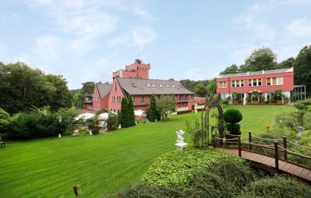 flitterwochenende-strausberg-burghotel